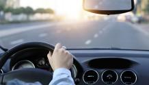 """百度关联公司公开""""移动终端执行的车辆定损方法""""相关专利"""